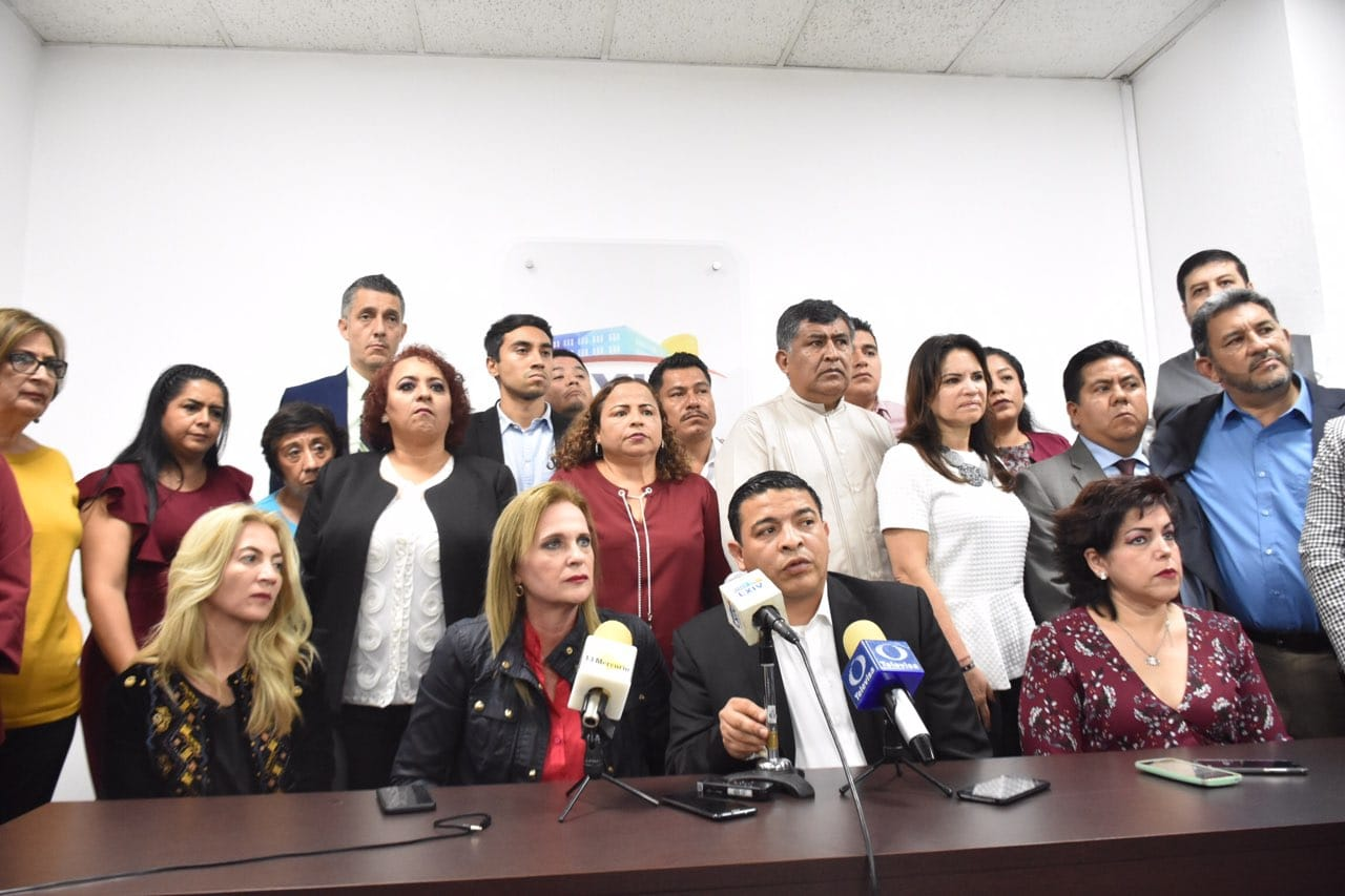 Diputados piden que PGR investigue crimen de hija de diputada