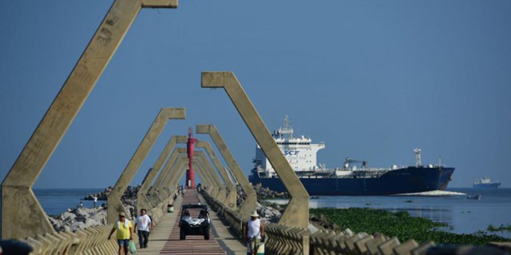 Llegarán a Coatzacoalcos nueve empresas petroleras