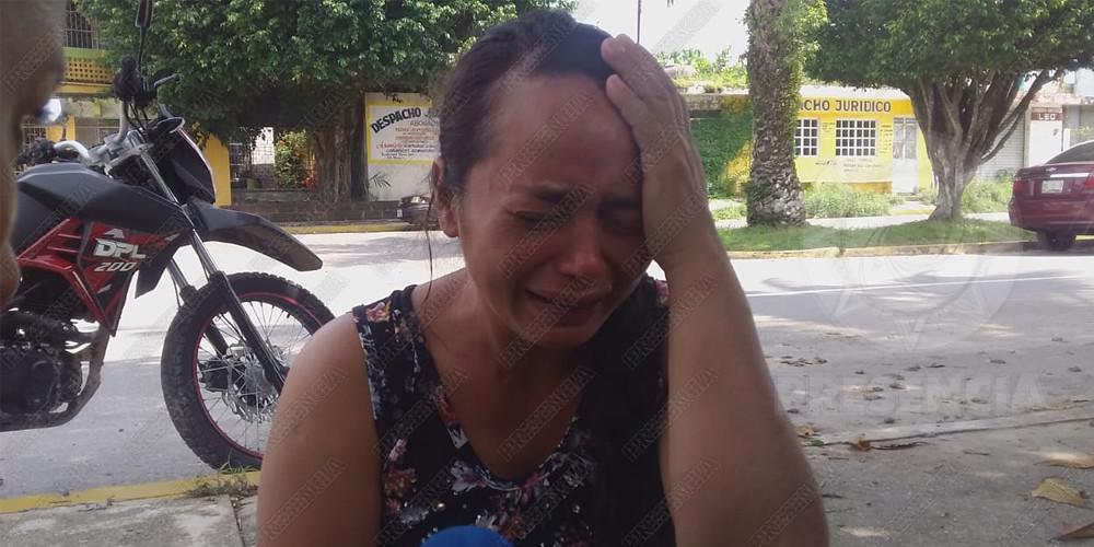 Madre exige justicia por asesinato de su menor hija, en Las Choapas