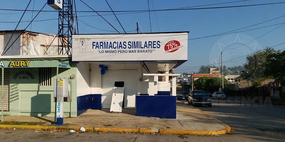 Roban 3 farmacias durante la madrugada, en Coatza