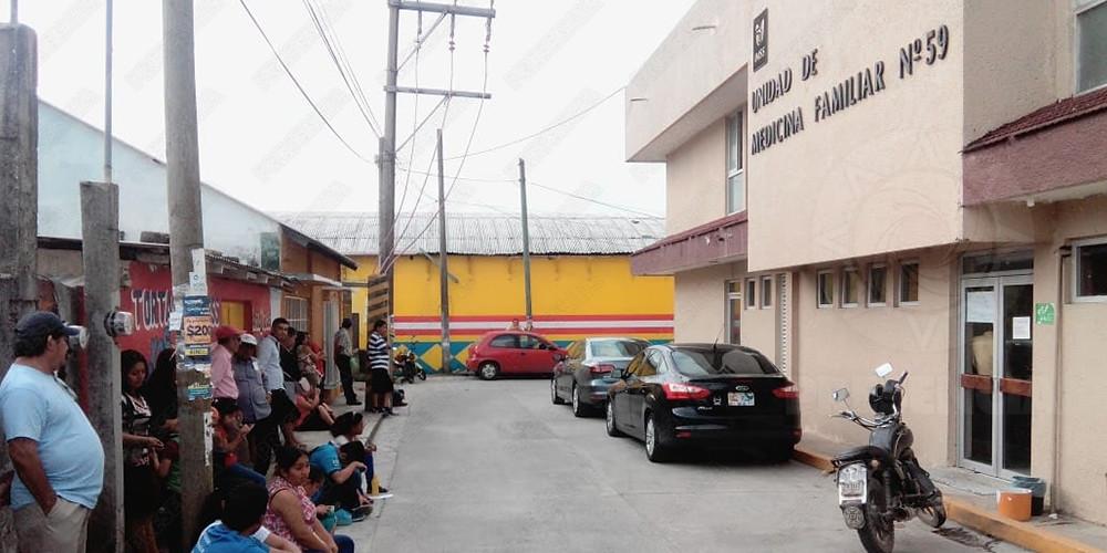 Señalan a hospital del IMSS por negligencia médica, en Las Choapas