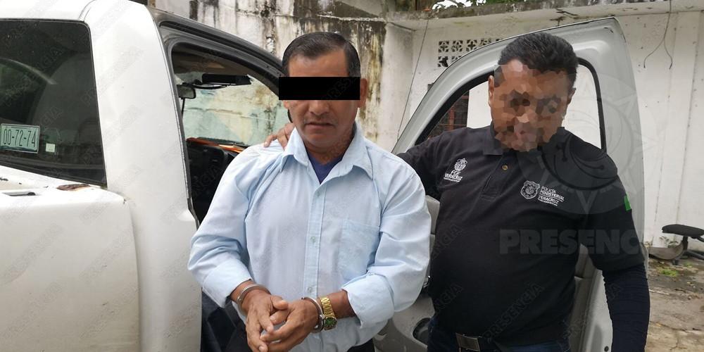 Detienen a religioso por abusar sexualmente de sus dos hijas