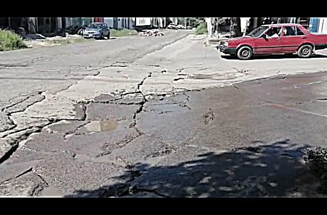 Vecinos piden mantenimiento a la carretera Xalapa - El Castillo