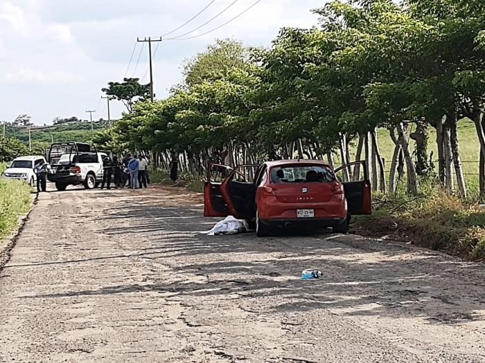 Asesinan a 2 agrónomos en San Juan Evangelista