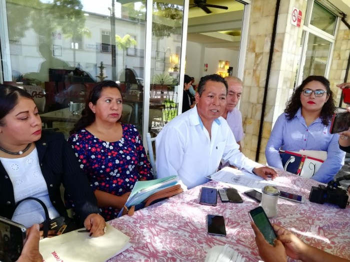 me-consulta.com | Denuncian a alcalde Ciudad Mendoza por peculado y abuso de autoridad | Periódico Digital de Noticias de Veracruz | México 2019 - e-consulta Veracruz