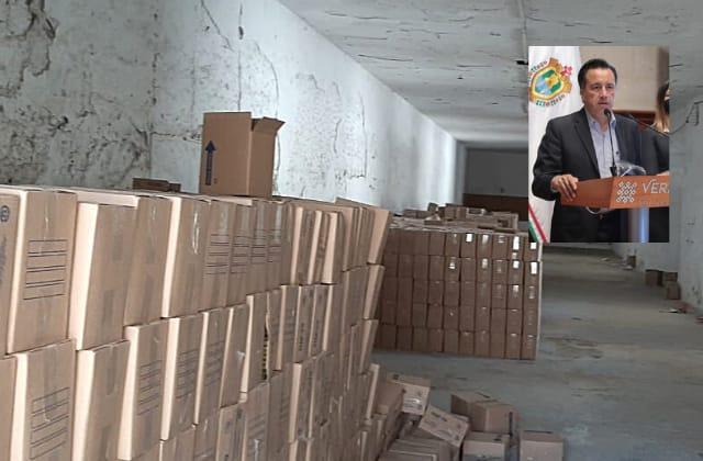 """""""Juegan"""" con pobreza, dice Cuitláhuac por despensas halladas en Perote"""
