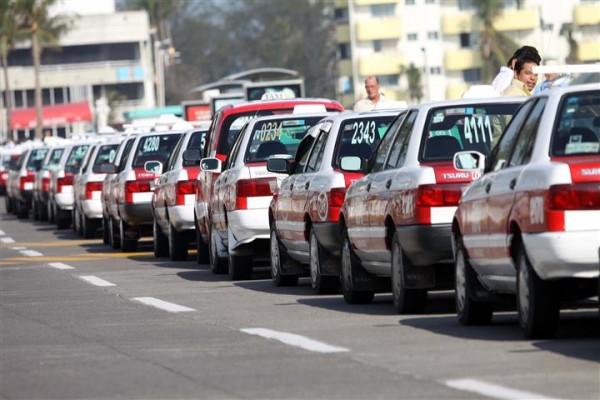 Tras llegada de InDiver, taxistas del puerto anuncian nueva App Radios Unidos