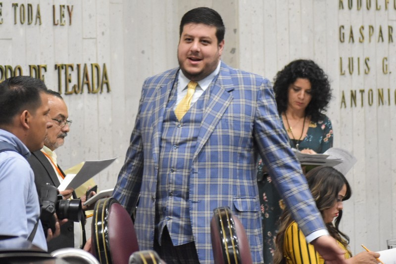 Se desintegra bancada opositora a Morena; Gonzalo Guízar pierde fuerza en Congreso local