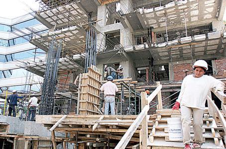 Crédito a constructores tiene mayor alza en 3 años