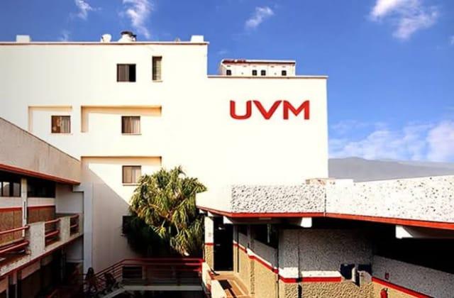 UVM 'corre' a maestro por incitar la violencia de género