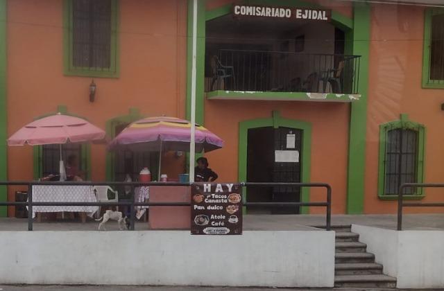 Con venta de tacos en Jalcomulco, 'Lupe' espera ganancias esta Semana Santa