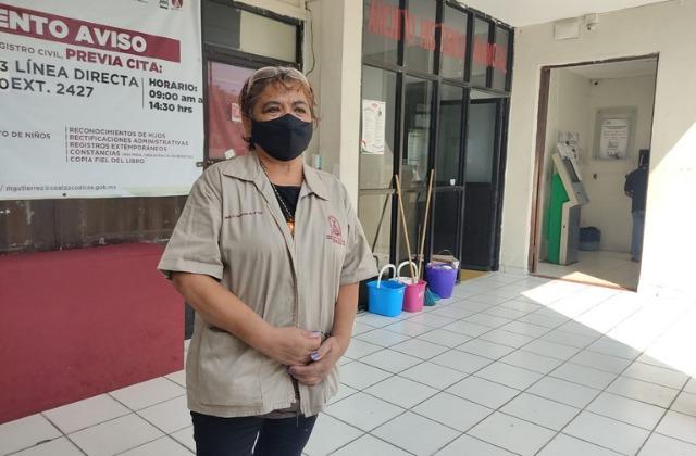 500 empleados del ayuntamiento de Coatza regresan a laborar