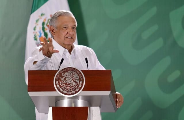 Veracruz casi en 'verde' con muy pronto regreso a aulas: AMLO
