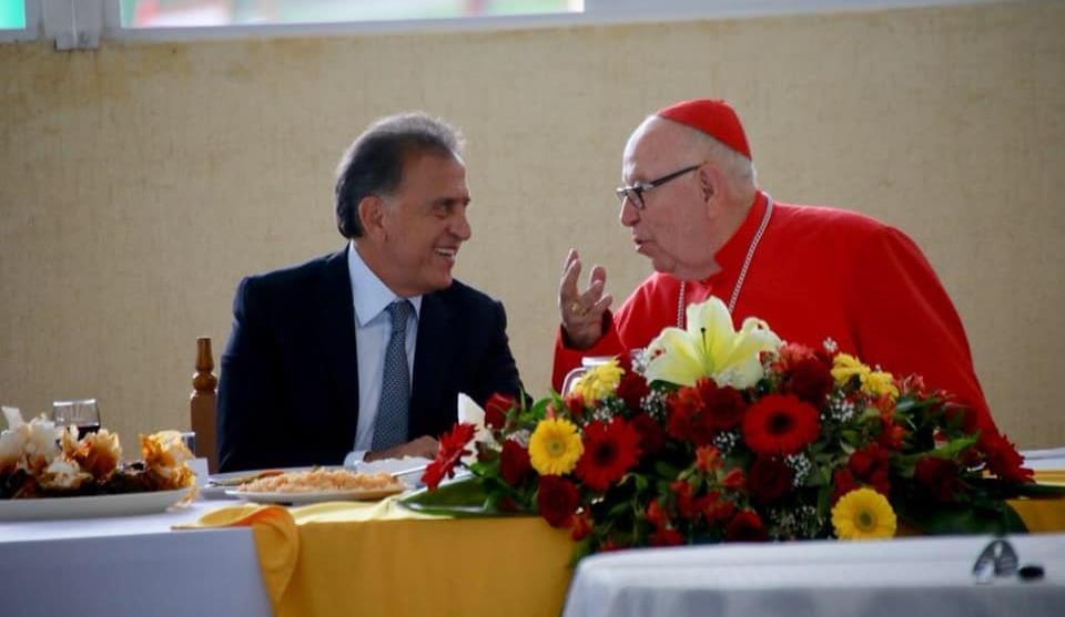 Yunes y Franco acuden a misa de Cardenal Sergio Obeso
