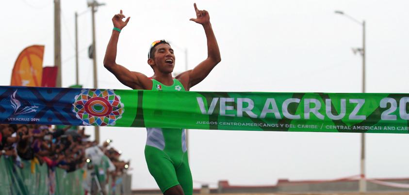 Crisanto Grajales gana  medalla de oro en los JCC Veracruz