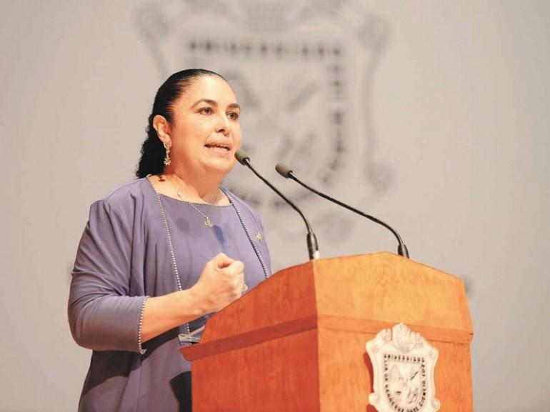Aportaciones actuales no liquidan la deuda de Duarte con la UV: Rectora