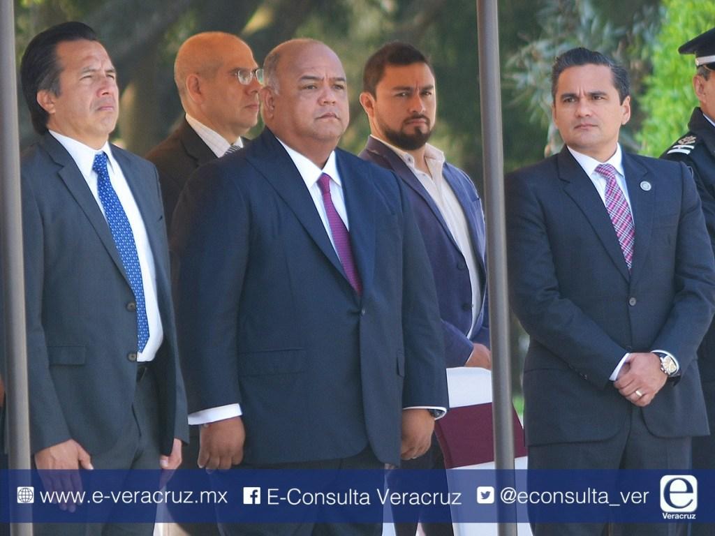 Winckler le recomienda a Cuitláhuac hacer cambios en su gabinete