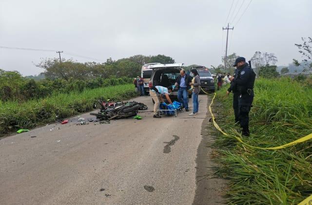 Muere Andrés, policía del IPAX, en accidente en Las Choapas