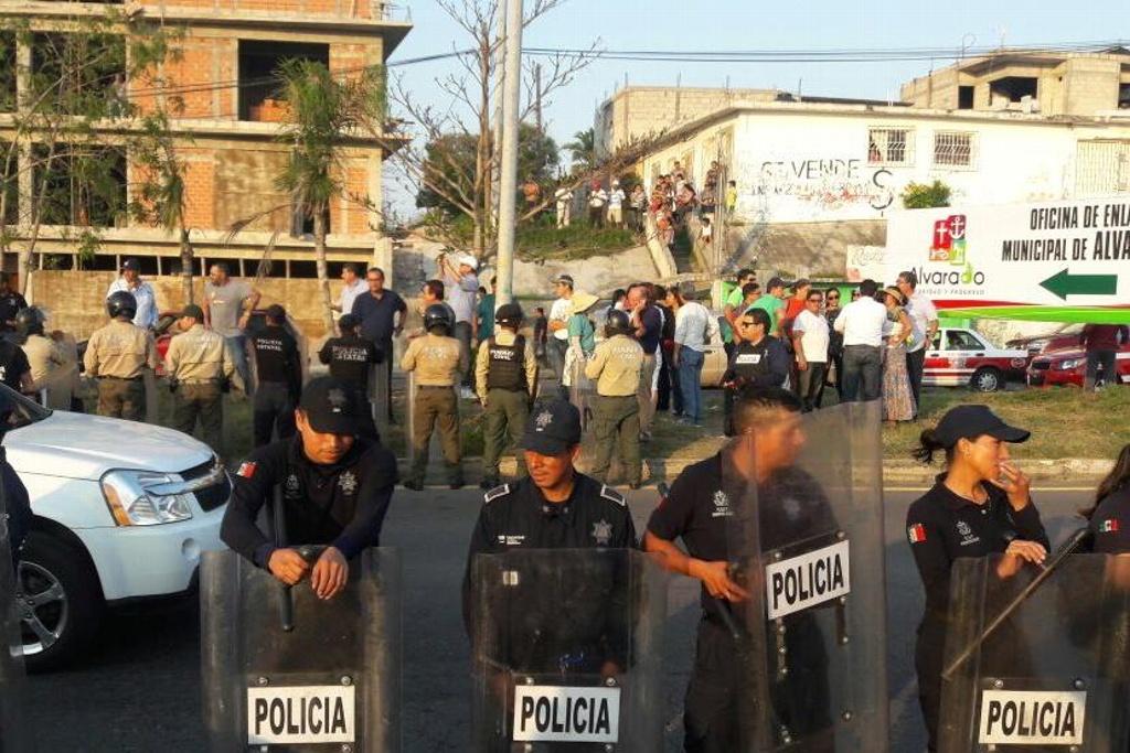 Liberan a Rogerio Pano y otros detenidos en la Riviera Veracruzana