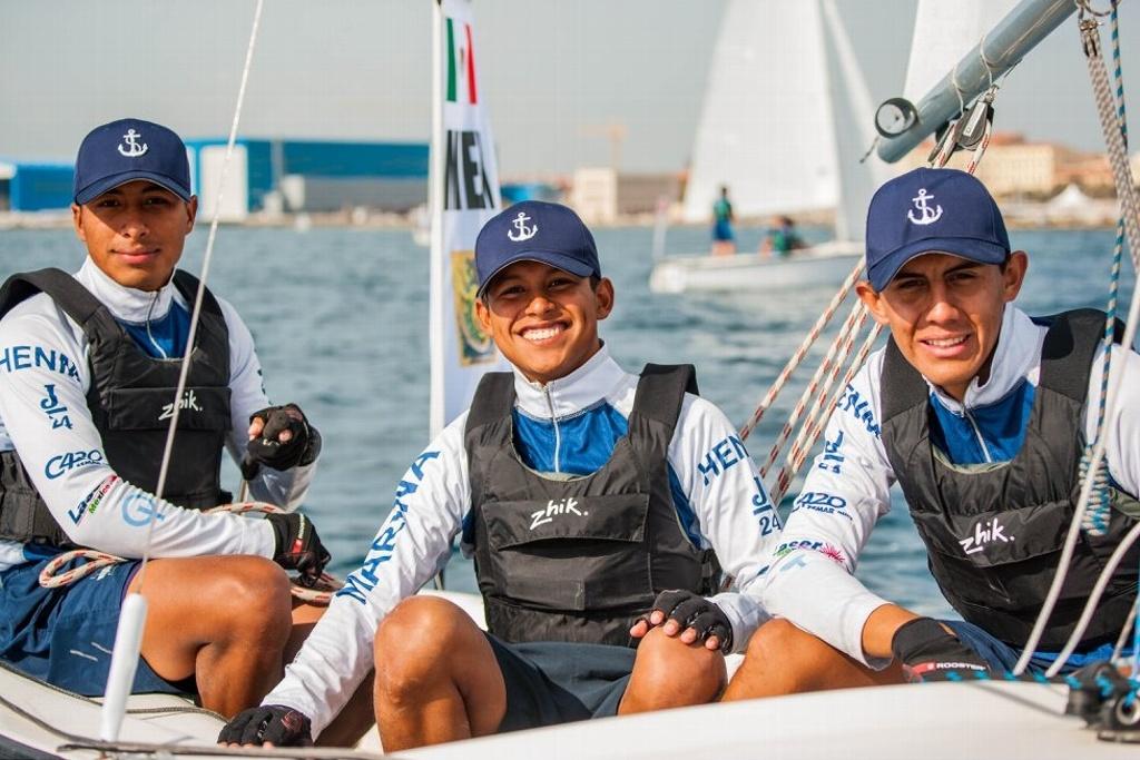 ¡Ganan plata! Cadetes de la Escuela Naval en competencia de regatas en Italia