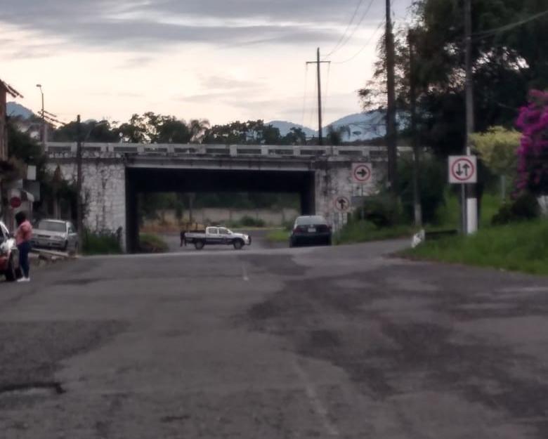 Dejan restos humanos embolsados en carretera de Fortín