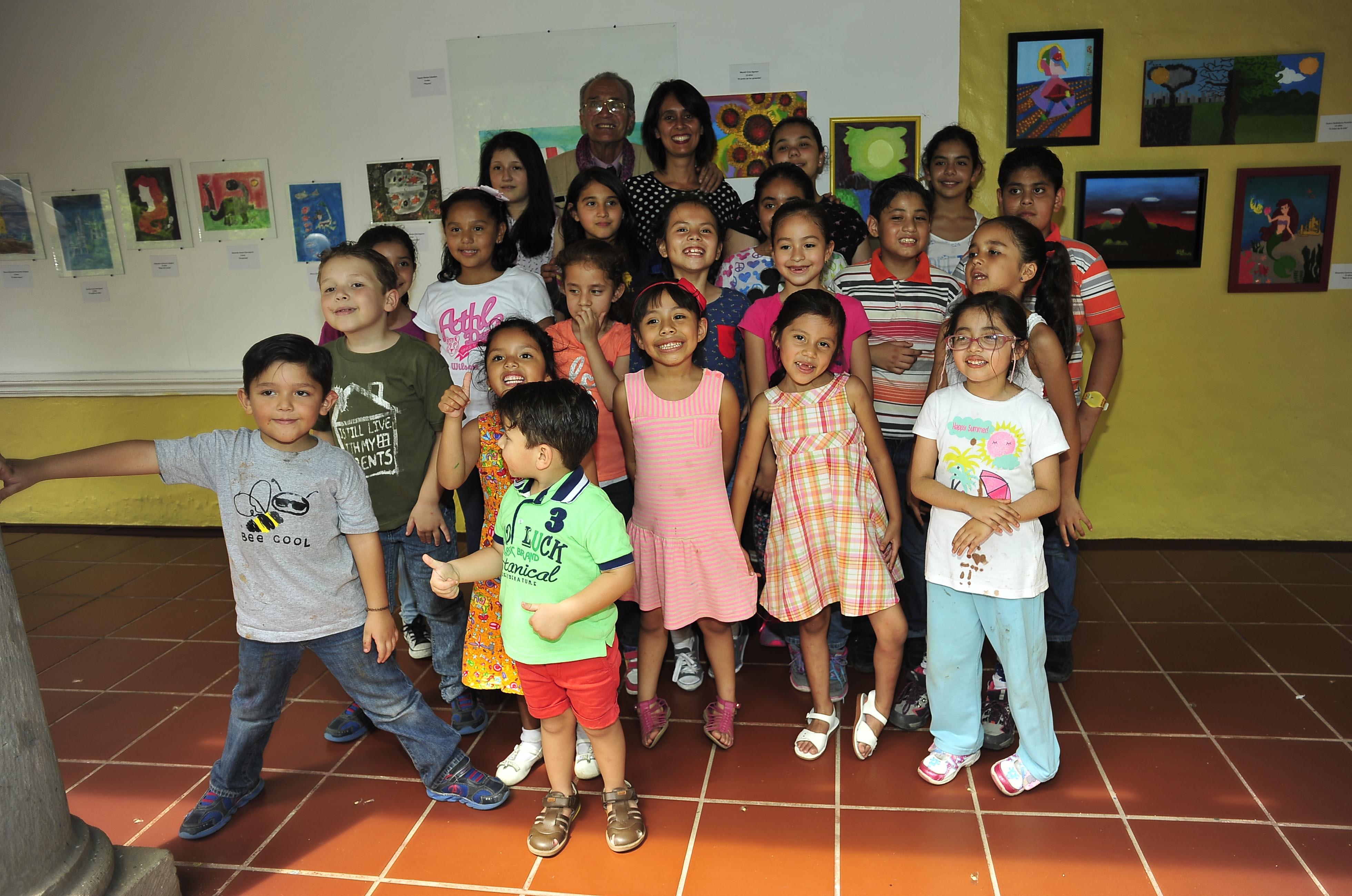 Niños inauguran la Segunda Exposición de Pintura Infantil al Óleo