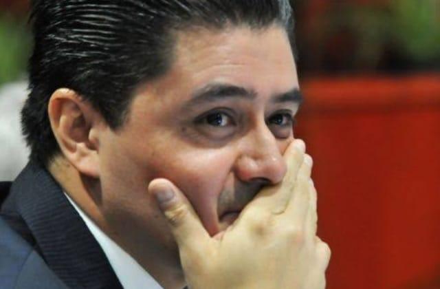 Rogelio Franco es un preso político: Yunes