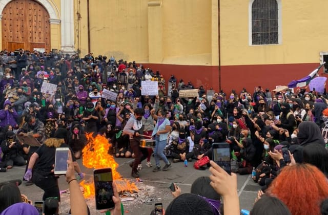 Difunden supuesta investigación a líderes feministas de Xalapa