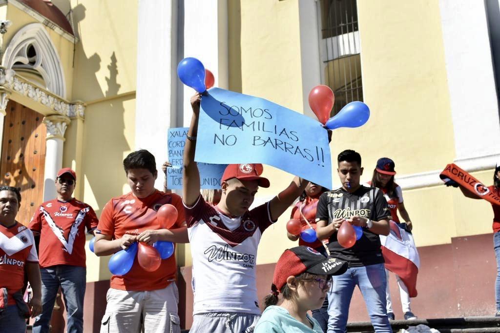 Gobierno del estado no pagará por Tiburones Rojos: Cuitláhuac