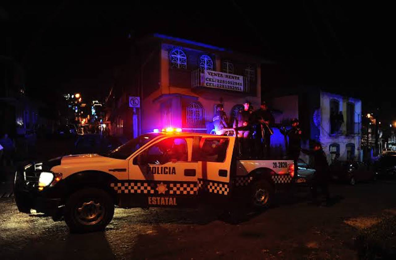 A balazos, asesinan a encargado de lavado de autos, en Xalapa