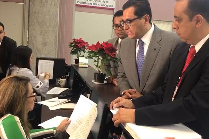 Arturo Bermúdez también va por juicio político contra Winckler