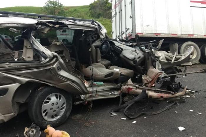 Un muerto tras accidente en la carretera Coatzacoalcos-Villahermosa