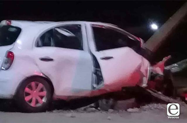Un muerto y dos lesionados, saldo de accidente en Coatza