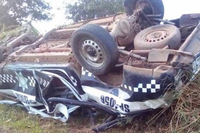 Mueren dos policías en accidente carretero en la zona sur de Veracruz