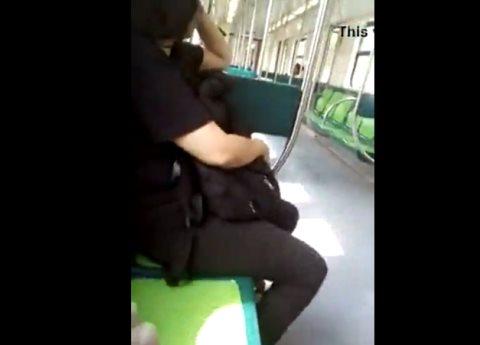 Hombre se graba masturbándose frente a mujeres en el metro