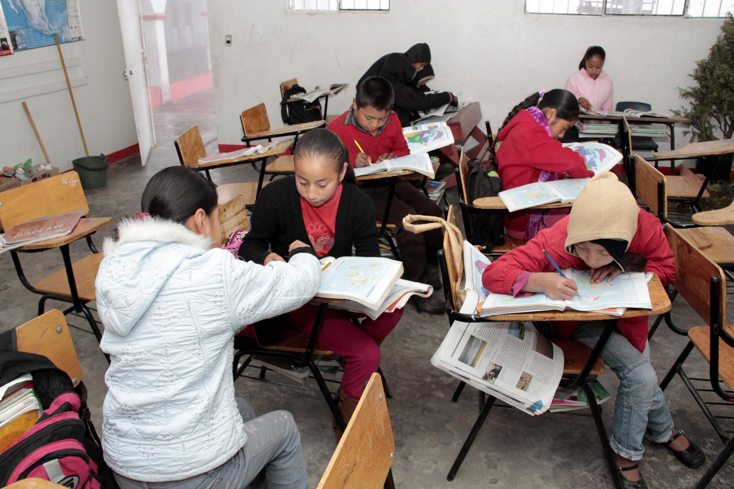 Gobierno estatal deja sin alimentos a alumnos de internado