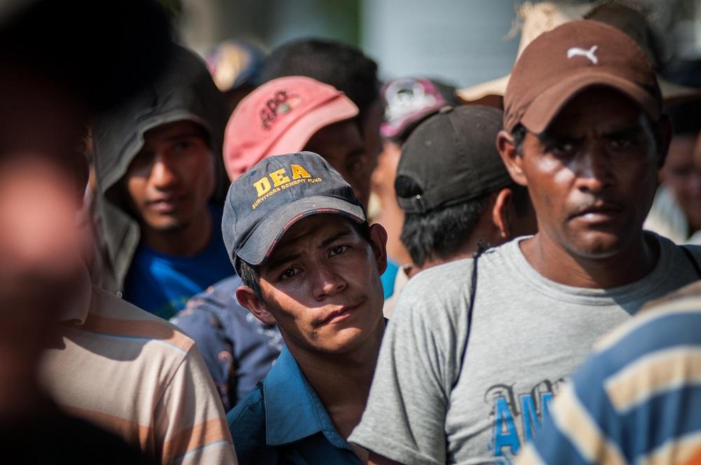 Aseguran a 30 migrantes centromaericanos en Orizaba
