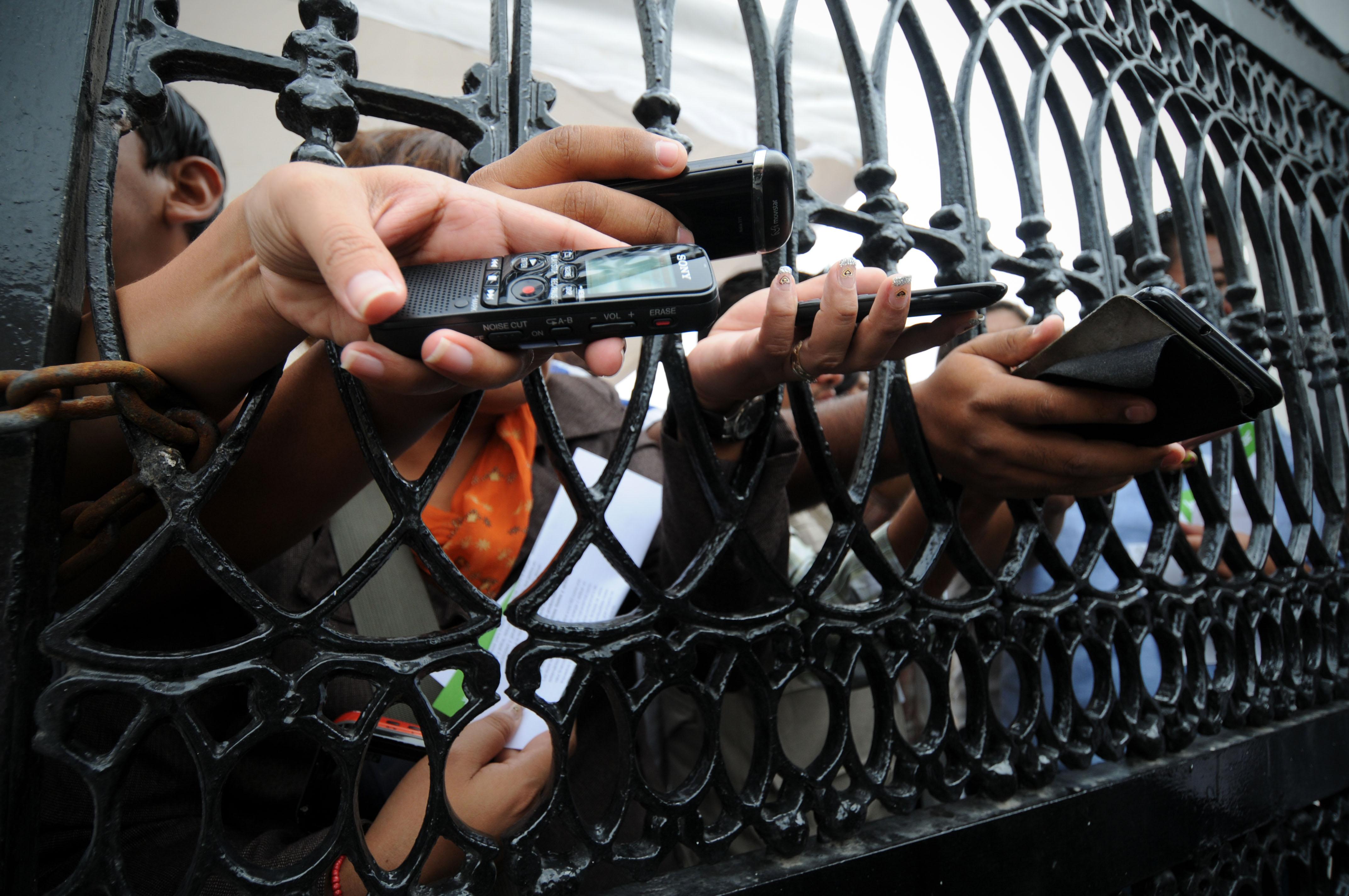 Suman 13 periodistas víctimas de robos y asaltos