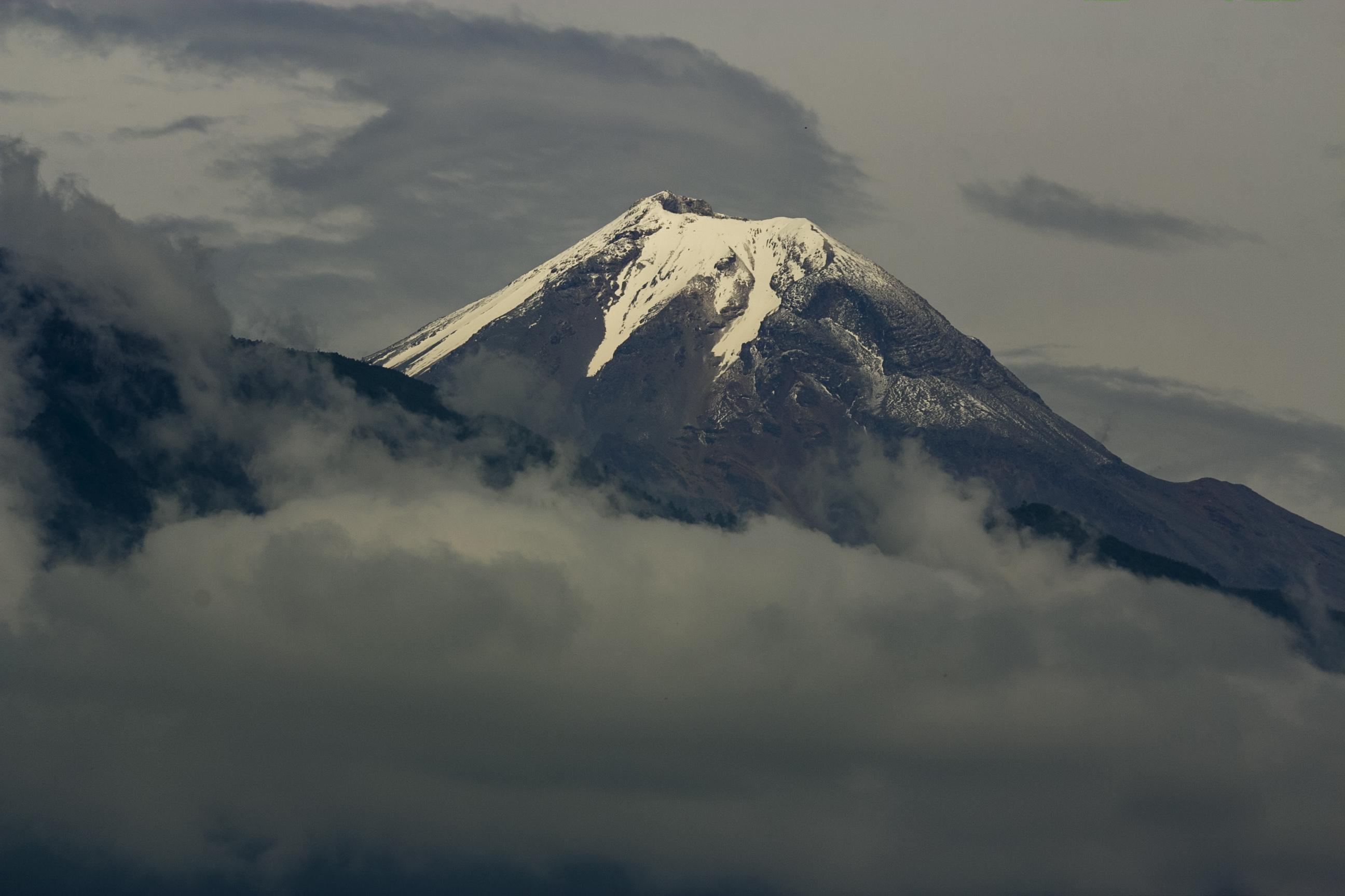 Preocupa a empresarios el deshielo del Pico de Orizaba