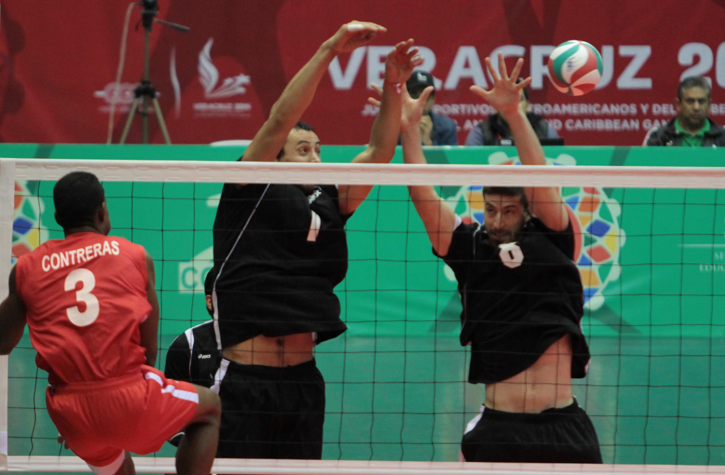 Retraso en pago de becas afecta a 16 jugadores de voleibol veracruzanos