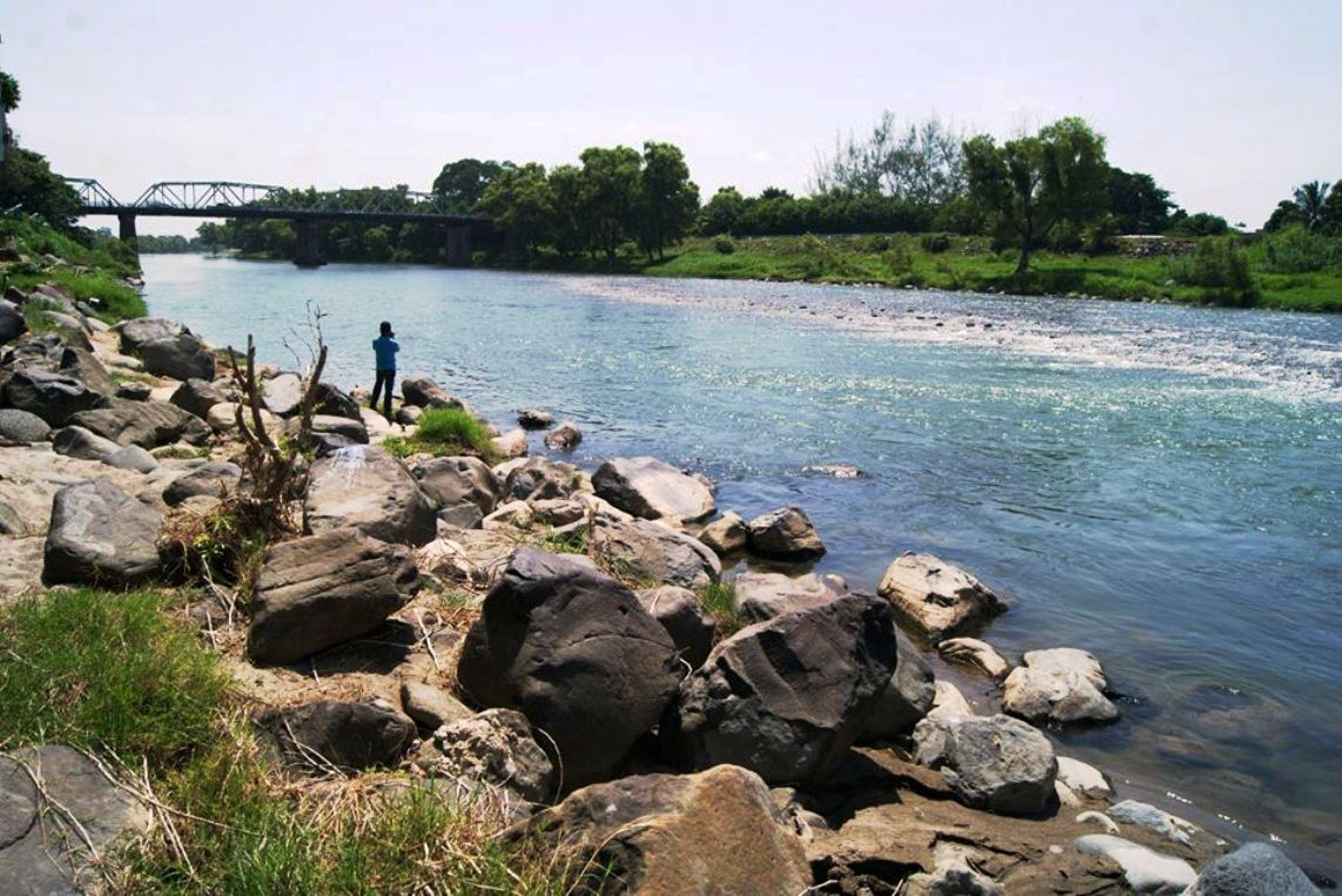 Cuencas hidrológicas, contaminadas con metales pesados y pesticidas