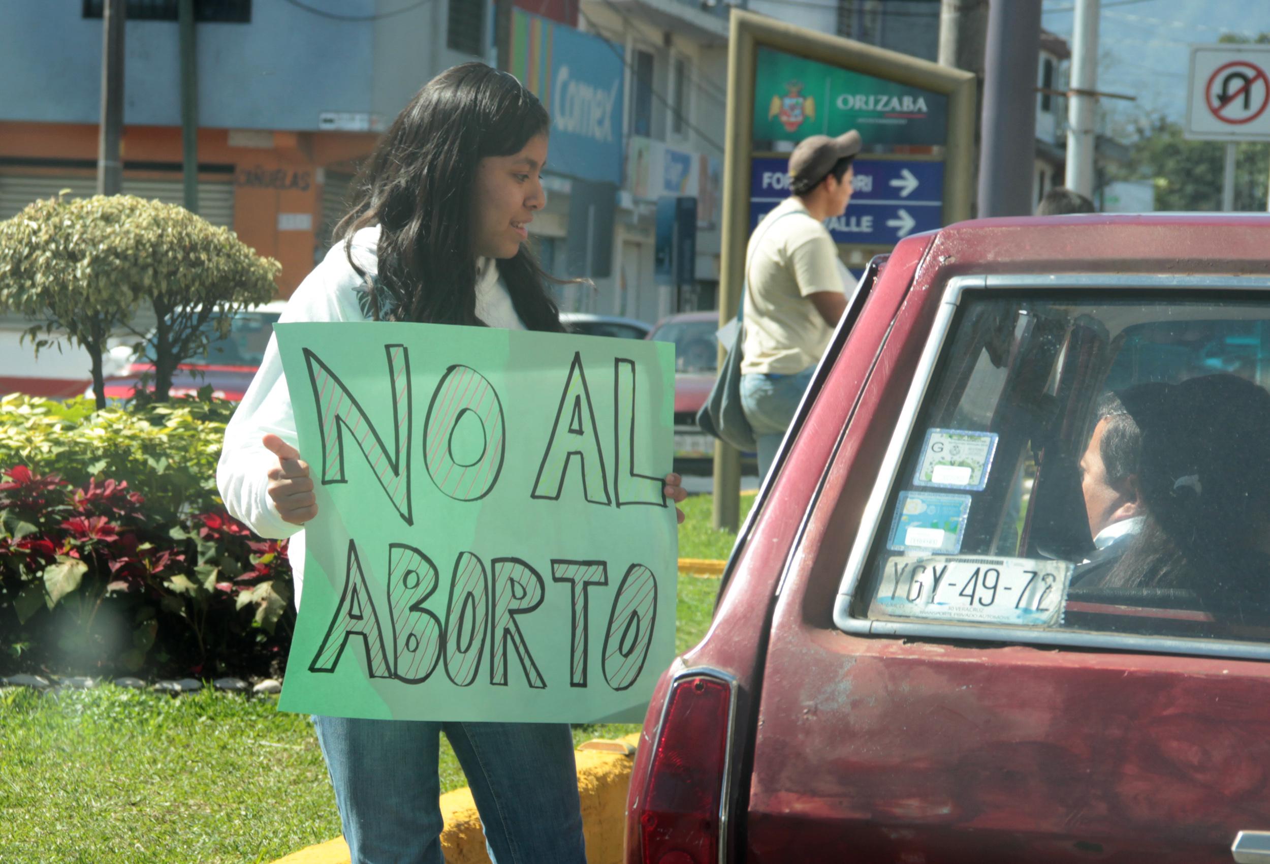 Temen incremento de abortos clandestinos con reforma al artículo cuarto