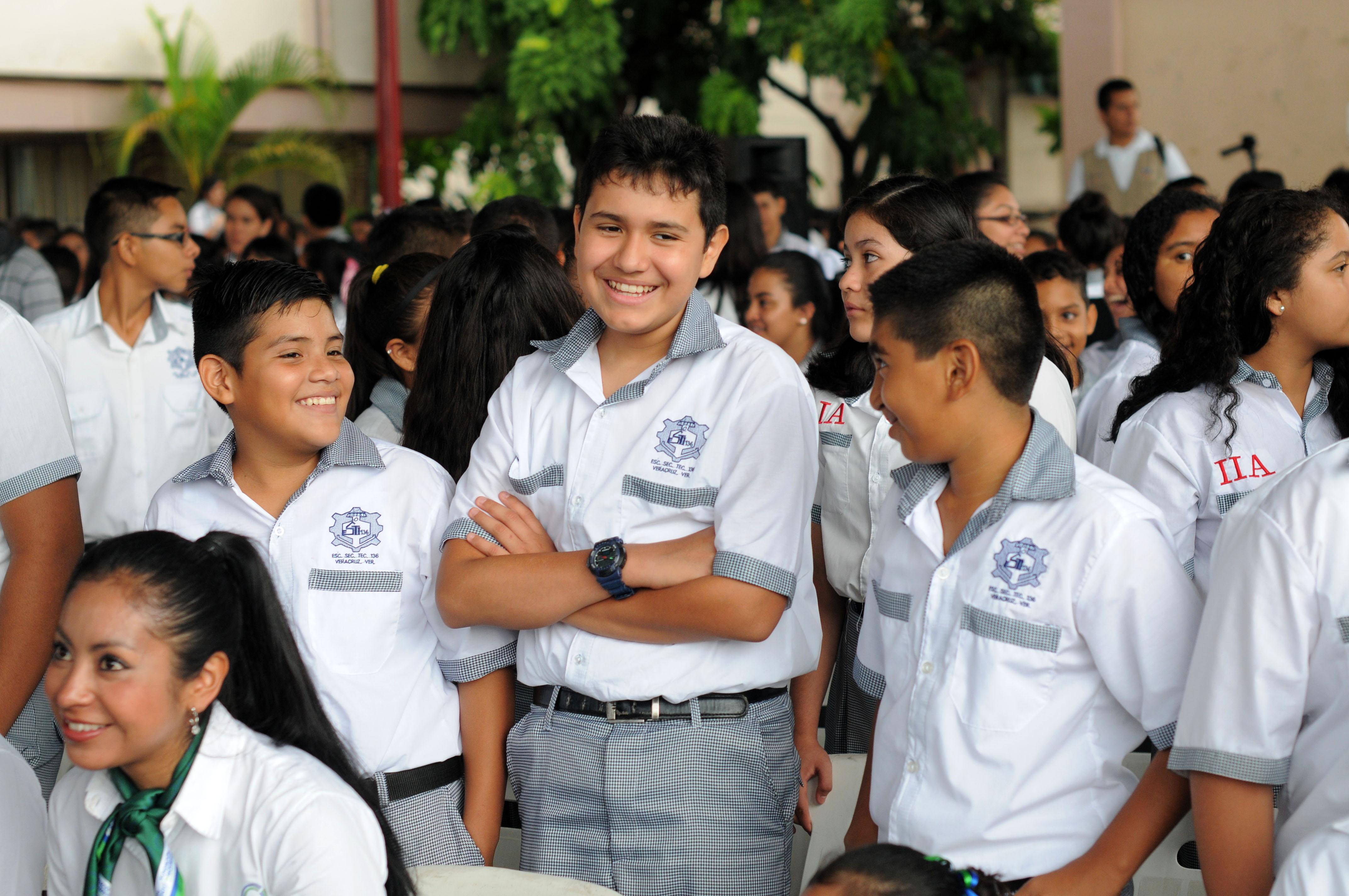 Se venden drogas afuera de escuelas de Xalapa, Veracruz y Boca del Río