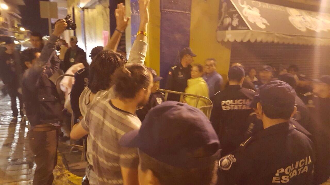 Periodistas exigen esclarecer agresión a foto reportero