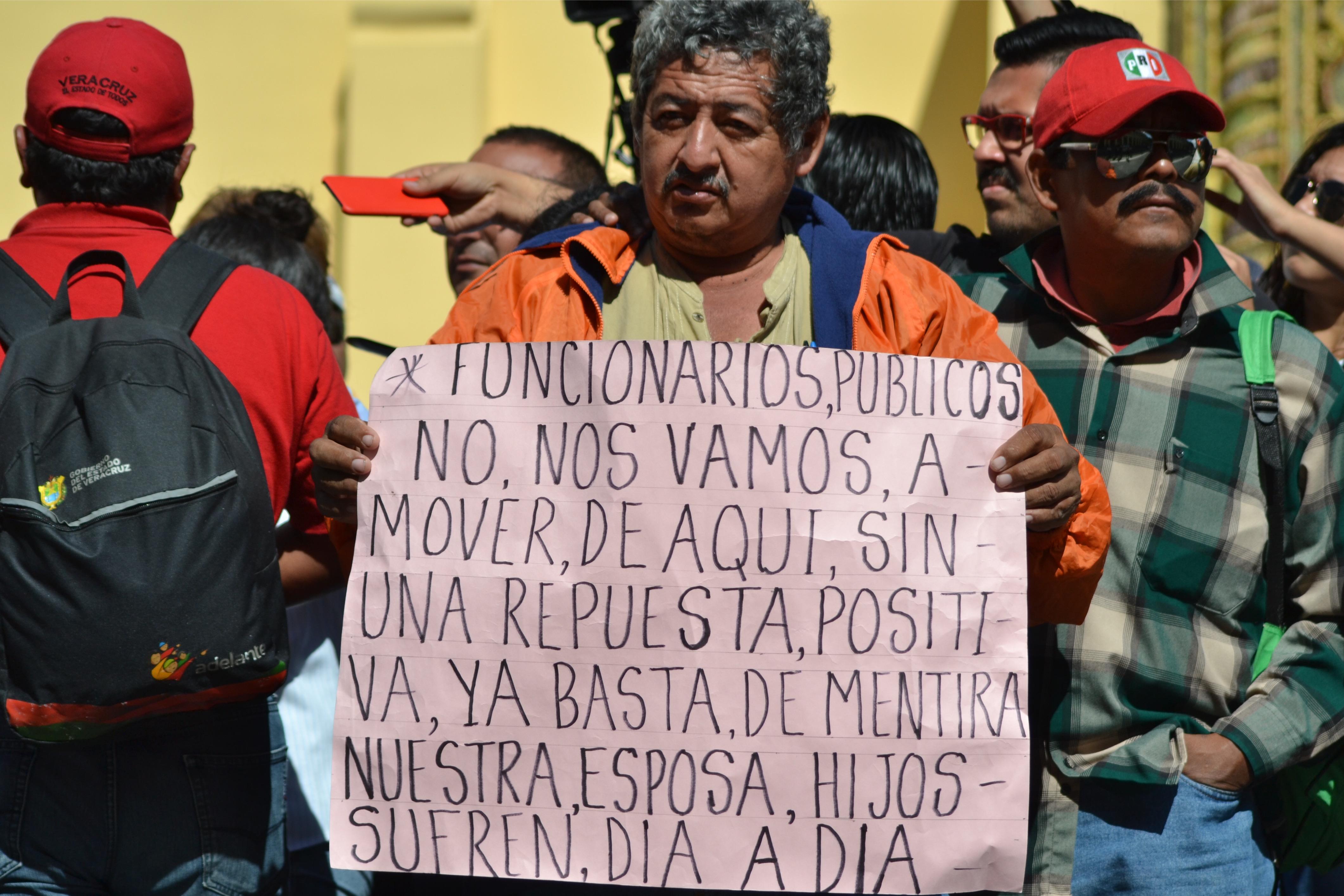Trabajadores del ingenio San Gabriel exigen el pago de 40 mdp