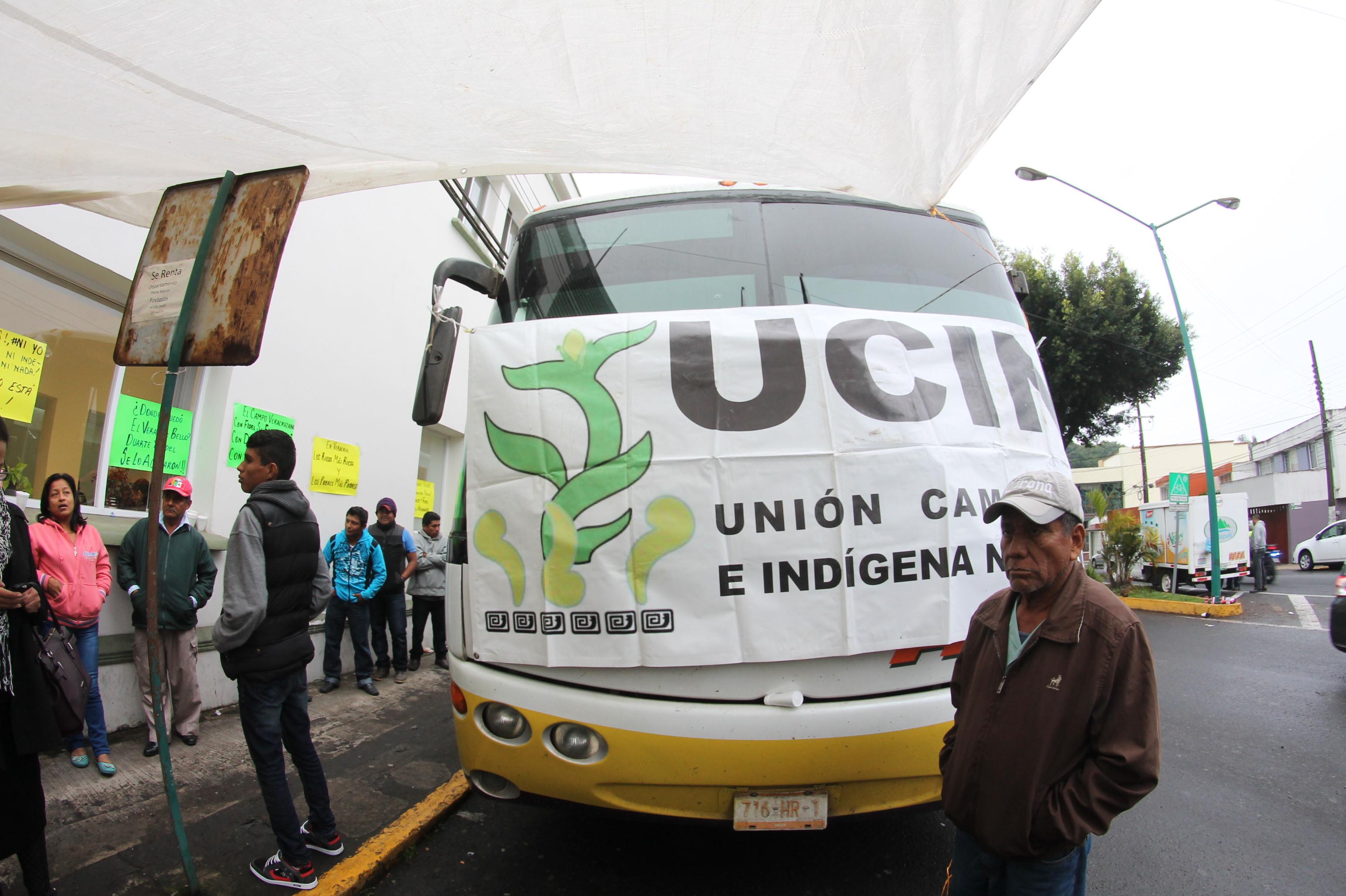 Campesinos de la Unión Campesina Indígena toman Sedarpa