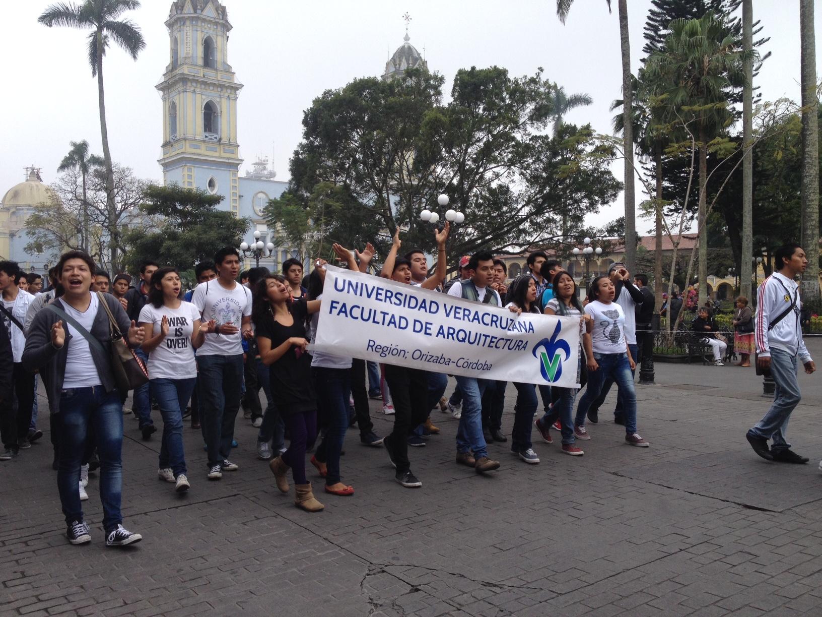 Duarte, sin voluntad de saldar deuda con UV: Leyva Ovalle