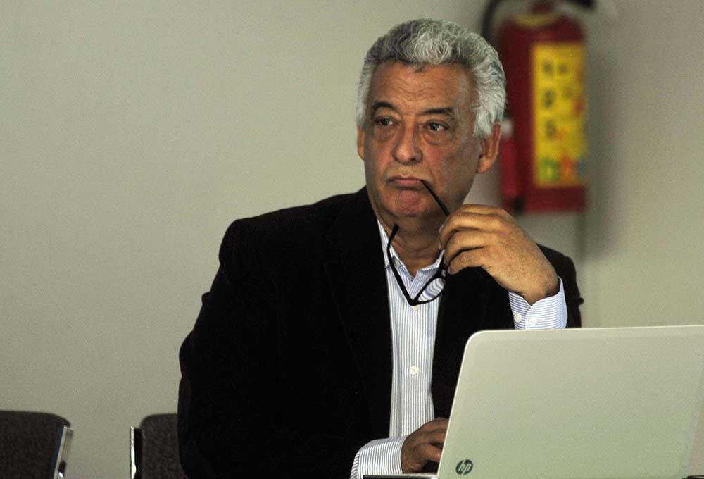 Gasolinazo compromete el desarrollo del país: Académico UV