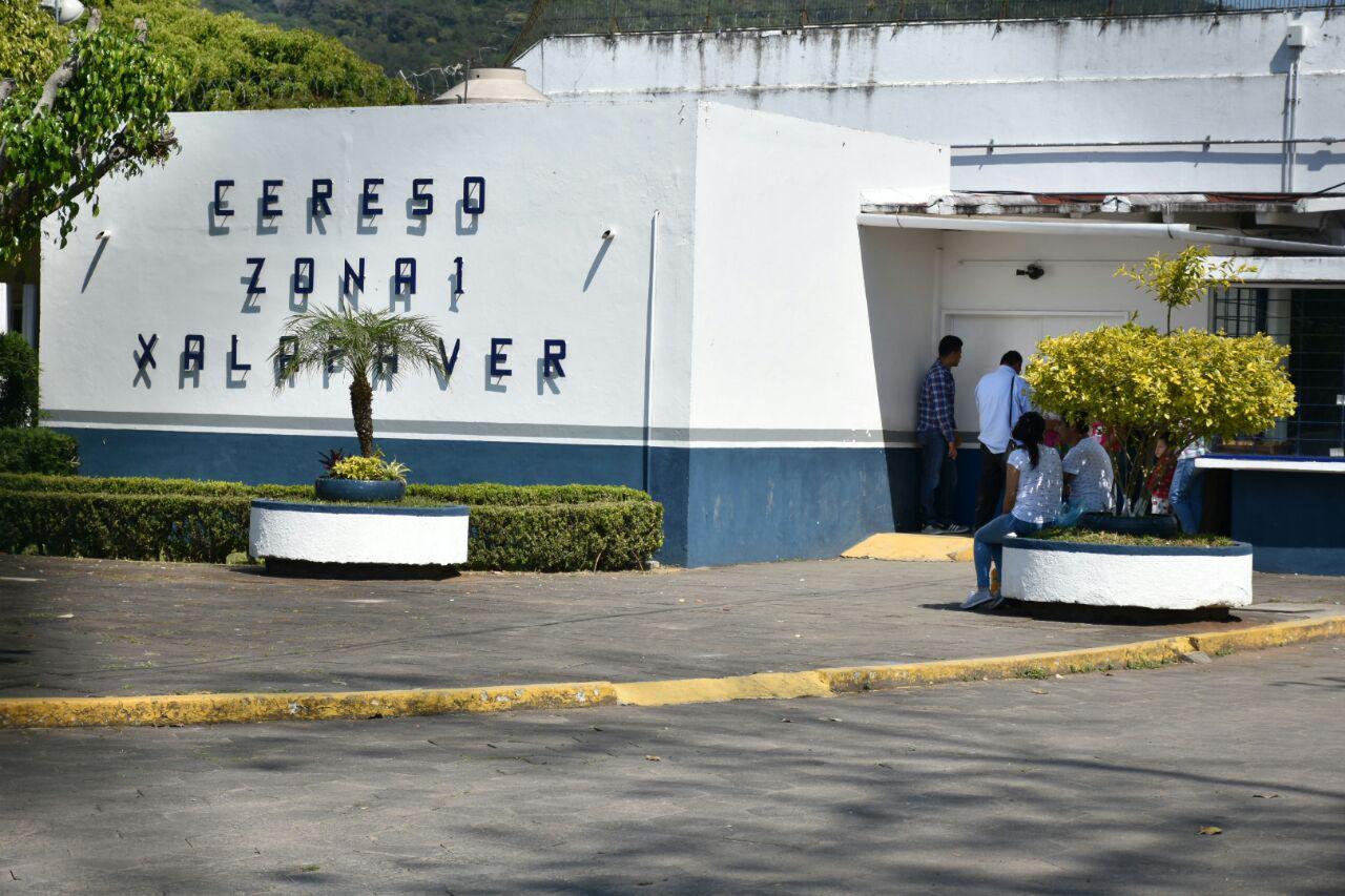 Detienen a reportero que preguntó en Pacho sobre excarcelamiento de Bermúdez