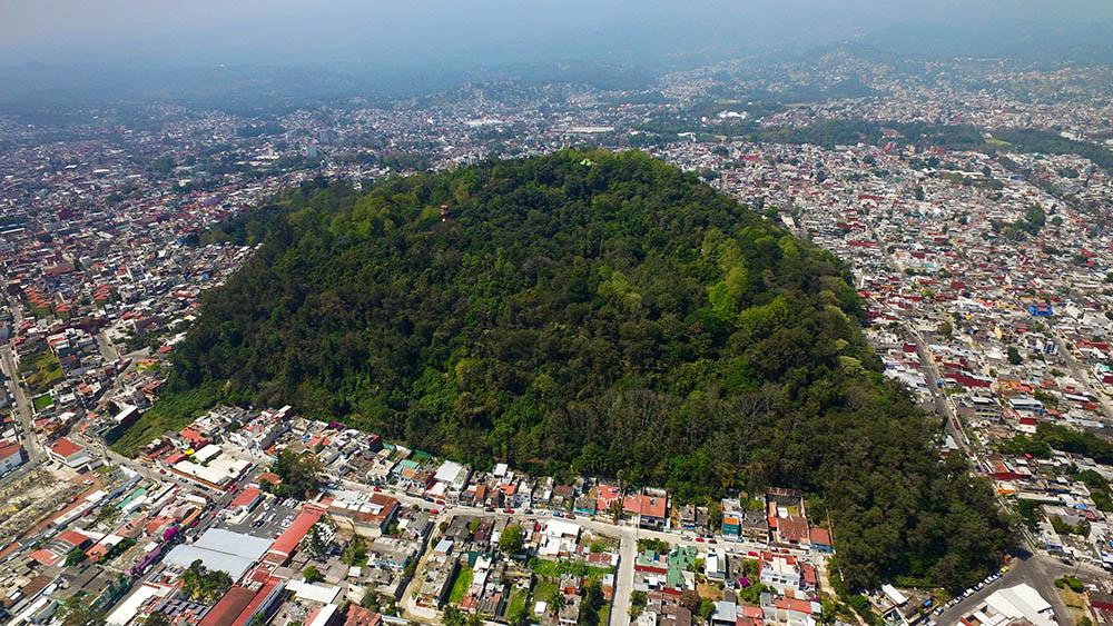 Invadidos cinco predios del Cerro de Macuiltépetl en Xalapa